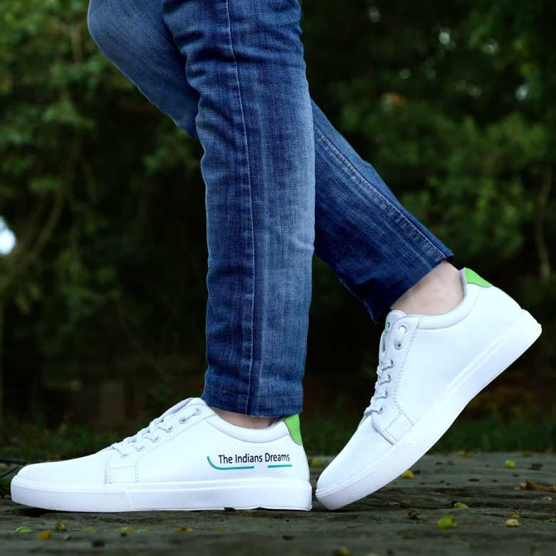 HOC  Luxury Fashionable Breathable Casual Sneakers Shoes For Men And Boy Sneakers For Men  (White)